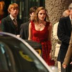 Emma Watson, Daniel Radcliffe, and Rupert Grint shoot Harry Potter and the Deathly Hallows in Piccadilly Circus 37243
