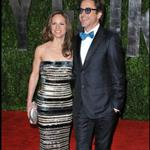 Robert Downey Jr. and his wife Susan at the Oscars 2010 56471