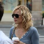 Rachel McAdams shooting Midnight in Paris  67049