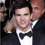 Taylor Lautner at the Golden Globes 2010 53596