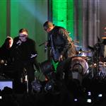 U2 and Jay-Z mash-up at EMAs 2009 in Berlin 50065