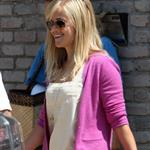Reese Witherspoon and Jake Gyllenhaal attend a Memorial Day party 39776