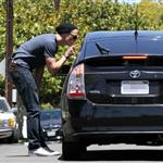 Alexander Skarsgard gets angry at paparazzi after filling up at gas station  89067