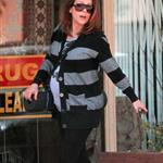 Alyssa Milano leaves yoga class  88407