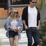 Amanda Seyfried and Josh Hartnett out for lunch at Wabi Sabi in Venice 112157