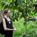 Angelina Jolie meets with Plinio in the Providencia community in Ecuador 112027