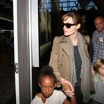 Angelina Jolie travels with Zahara and Shiloh 68852