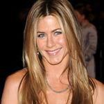 Jennifer Aniston spends 40,000 pounds to have her hairdresser travel with her to Europe to promote Marley & Me 34250