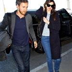 Anne Hathaway and fiance Adam Shulman at LAX 103816