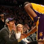Ashton Kutcher talks to Kobe Bryant 106788