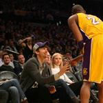 Ashton Kutcher talks to Kobe Bryant 106789