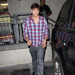 Ashton Kutcher and Mila Kunis leave Duplex Restaurant in West Hollywood 121838