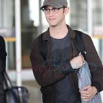 Joseph Gordon Levitt leaves Toronto after TIFF 94162