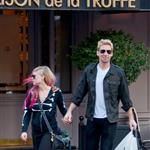 Chad Kroeger and Avril Lavigne hold hands in Paris 126233