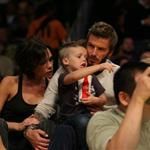 The Beckhams at the Laker game 49797