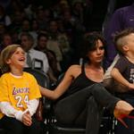 The Beckhams at the Laker game 49799