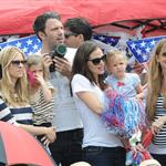 Ben Affleck and Jennifer Garner watch a 4th of July parade with their daughters 119739