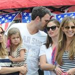 Ben Affleck and Jennifer Garner watch a 4th of July parade with their daughters 119741