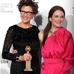 Annette Bening and Julianne Moore Golden Globes 2011 76991