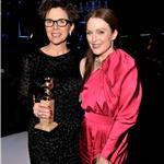 Annette Bening and Julianne Moore Golden Globes 2011 76992