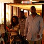 Beyonce and Jay-Z shopping last night 29822