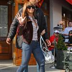 Beyonce in 6 inch heels with Jay-Z lunch at Pastis before heading to Rocawear  36232