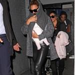 Beyonce carries Blue Ivy in New York City 110063