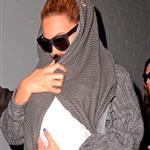 Beyonce carries Blue Ivy in New York City 110066