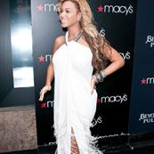 Beyonce at Macy's promoting new fragrance, Pulse 94935