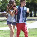Justin Bieber and Selena Gomez have ice cream together, June 2012 119796