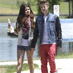 Justin Bieber and Selena Gomez have ice cream together, June 2012 119799