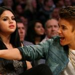 Justin Bieber Selena Gomez at the Los Angeles Lakers game 111571