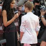 Justin Bieber and Selena Gomez at MMVAs 2011  87883