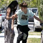 Justin Bieber loses it on a photographer while out with Selena Gomez 115708