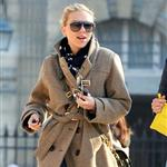 Scarlett Johansson out with friends in Paris 109541