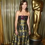 Jessica Biel hosts technical Oscars wearing Holiday Inn bedspread 32426