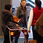 Jessica Biel leaves Vancouver with a lot of baggage 52358