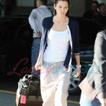 Jessica Biel arrives in Vancouver to shoot A-Team 47613