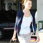 Jessica Biel arrives in Vancouver to shoot A-Team 47617