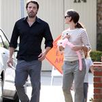Ben Affleck with a black eye out with wife Jennifer Garner June 2011 100099