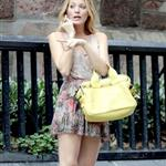 Blake Lively on the set of Gossip Girl  122451