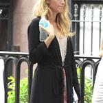 Blake Lively on the set of Gossip Girl  122464