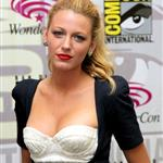 Blake Lively at WonderCon 2011 promoting The Green Lantern  83608