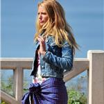 Blake Lively shoots Gossip Girl in Santa Monica  82053