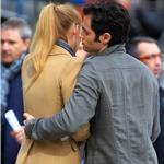 Blake Lively and Penn Badgley on the set of Gossip Girl  71781