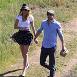 Blake Lively and Ryan Reynolds have a picnic and get ice cream in Los Angeles  108712