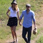 Blake Lively and Ryan Reynolds have a picnic and get ice cream in Los Angeles  108715