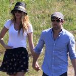 Blake Lively and Ryan Reynolds have a picnic and get ice cream in Los Angeles  108716