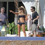 Kate Beckinsale on holiday in Mexico  77046