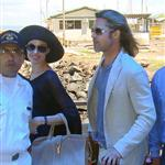 Brad Pitt and Angelina Jolie continue their vacation in the Galapagos Islands with their children 112186